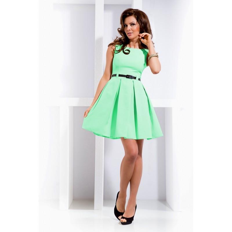 Dámské elegantní společenské šaty bez rukávu s páskem pistáciové 0f2ab34937