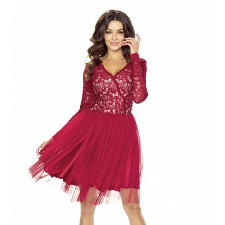 c0cfd0c8ab39 Dámské krajkové šaty s tylovou sukní