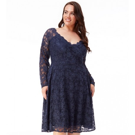 Krajkové šaty pro plnoštíhlé tm. modré